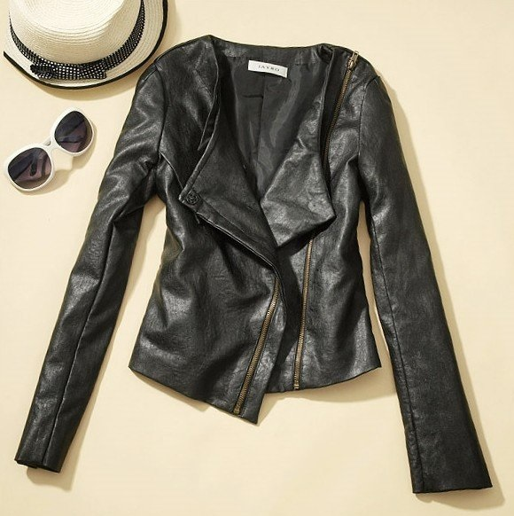 Stylish Black Leather Coats For Women With Accessories